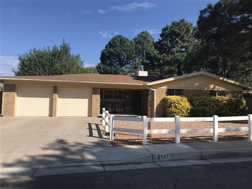 Photo of 8307 NEW HAMPSHIRE Street NE, Albuquerque, NM 87110 (MLS # 961971)