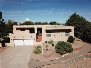 Photo of 13460 Desert Hills Place NE, Albuquerque, NM 87111 (MLS # 927972)