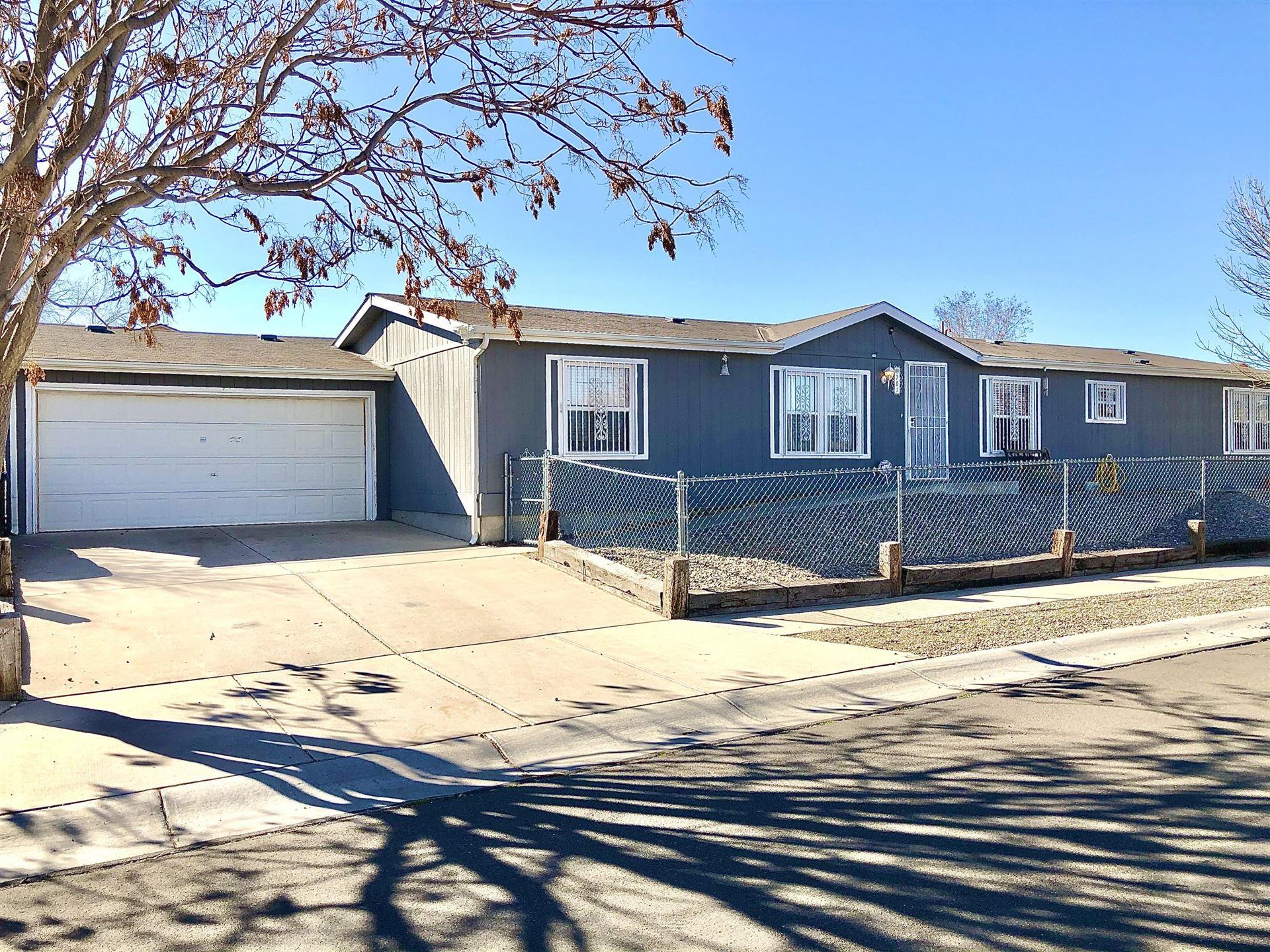 701 VISTA DEL PUEBLO Street SW, Albuquerque, NM 87121 - MLS#: 986974