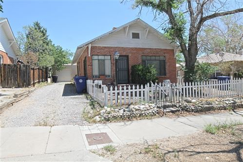 Photo of 220 SYCAMORE Street NE, Albuquerque, NM 87106 (MLS # 991976)