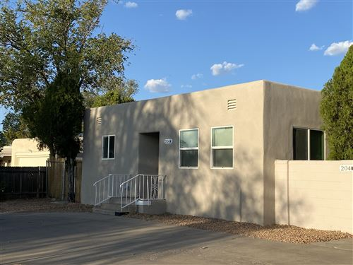 Photo of 204 WASHINGTON Street NE, Albuquerque, NM 87108 (MLS # 977979)