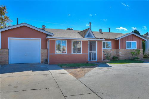 Photo of 3718 Candelaria Road NE, Albuquerque, NM 87110 (MLS # 956980)