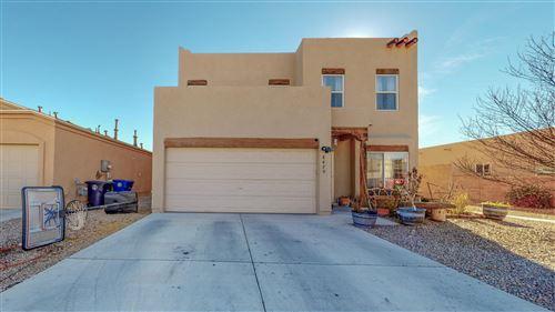Photo of 8420 VISTA PENASCO Avenue SW, Albuquerque, NM 87121 (MLS # 983980)