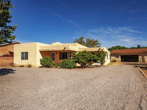 Photo of 452 GAVILAN Place NW, Albuquerque, NM 87107 (MLS # 967982)