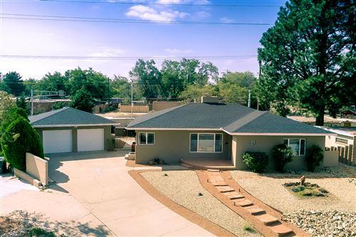 Photo of 3312 Loma Vista Place NE, Albuquerque, NM 87106 (MLS # 976982)