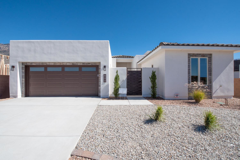 Photo of 804 Mountain Hawk Drive NE, Albuquerque, NM 87122 (MLS # 960982)