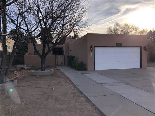 Photo of 1020 STANFORD Drive NE, Albuquerque, NM 87106 (MLS # 958986)