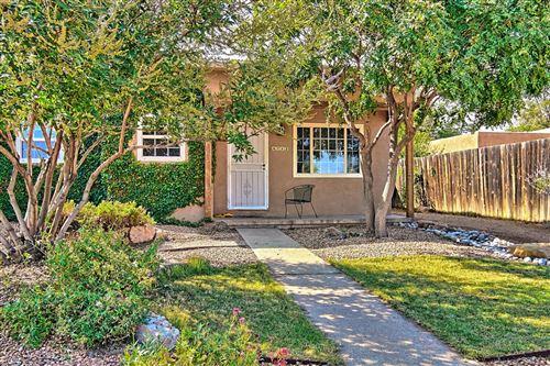 Photo of 4712 PERSHING Avenue SE, Albuquerque, NM 87108 (MLS # 976986)