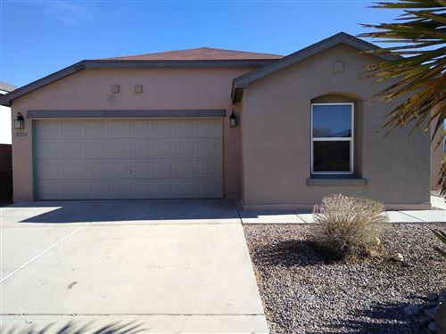 Photo of 5224 CAPROCK Drive NE, Rio Rancho, NM 87144 (MLS # 983987)