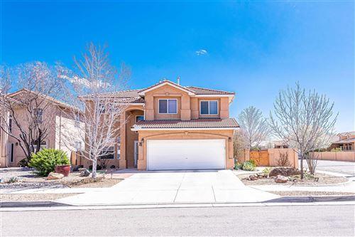 Photo of 808 CALLE DIVINA NE, Albuquerque, NM 87113 (MLS # 988988)