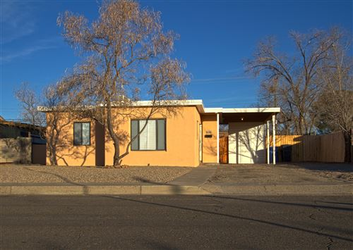 Photo of 2830 QUINCY Street NE, Albuquerque, NM 87110 (MLS # 959989)