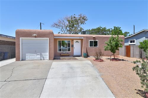 Photo of 1007 GRACE Street NE, Albuquerque, NM 87112 (MLS # 991989)