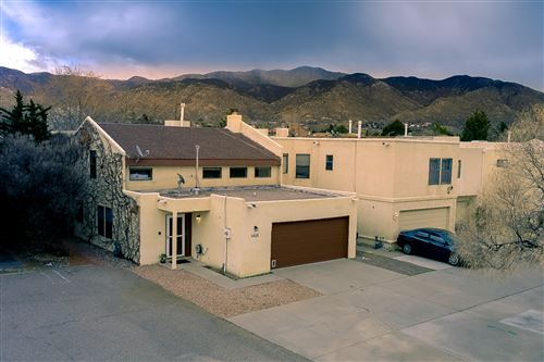 Photo of 5420 OVERLOOK Drive NE, Albuquerque, NM 87111 (MLS # 964991)