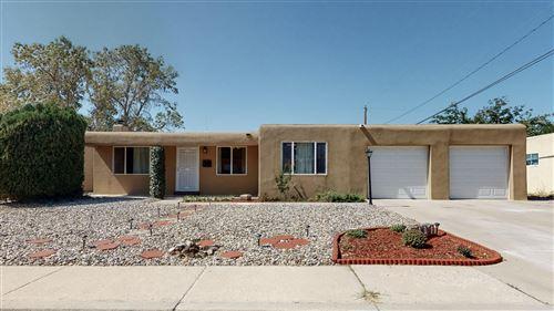 Photo of 2101 ERBBE Street NE, Albuquerque, NM 87112 (MLS # 977994)