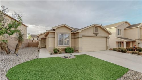 Photo of 9809 RANCHO WEST Place SW, Albuquerque, NM 87121 (MLS # 991997)