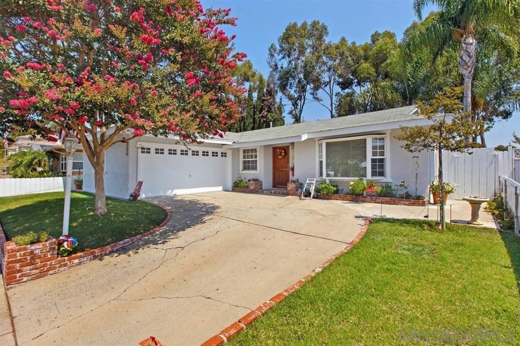 6463 E LAKE DRIVE, San Diego, CA 92119 - MLS#: 200041052