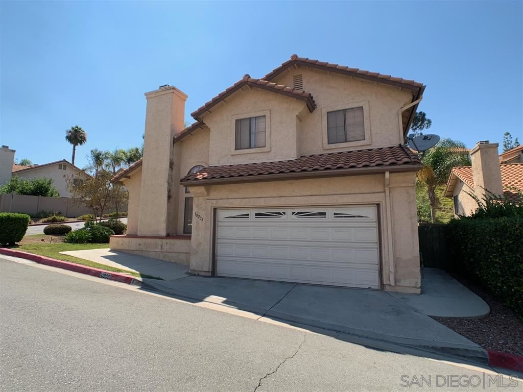 10208 FAIRHILL DR, Spring Valley, CA 91977 - MLS#: 200040123