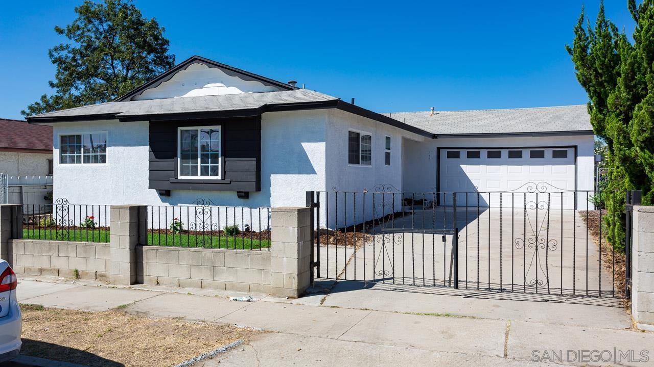 218 Coolwater Dr., San Diego, CA 92114 - #: 210027150