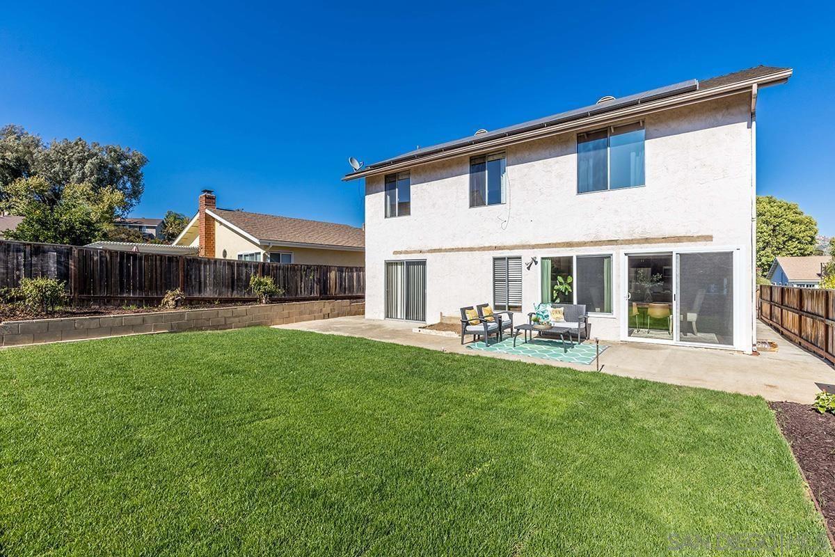2241 Iris Lane, Escondido, CA 92026 - MLS#: 210027195