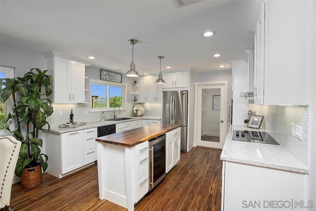 1035 Olive Ave, Ramona, CA 92065 - MLS#: 200026414