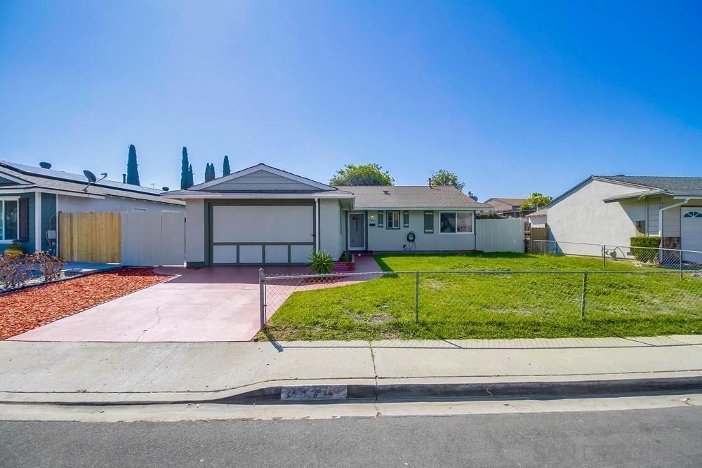 5847 Greycourt Ave, San Diego, CA 92114 - MLS#: 210025525