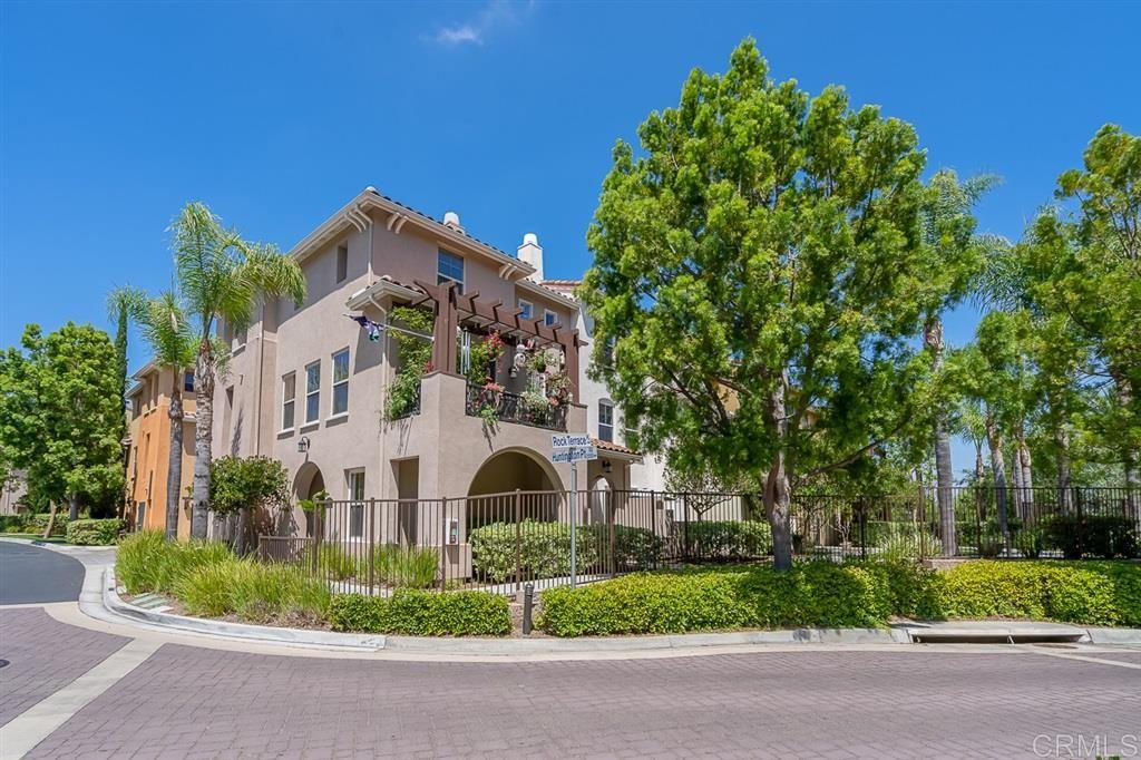 2204 Huntington Point Rd #9, Chula Vista, CA 91914 - MLS#: 200030618