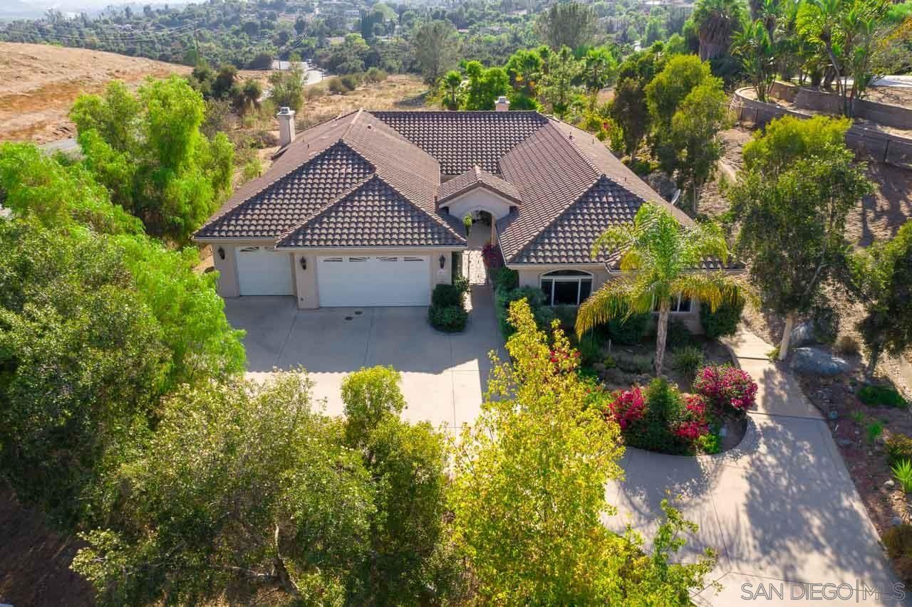 2075 Zlatibor Ranch Rd, Escondido, CA 92025 - MLS#: 200047828