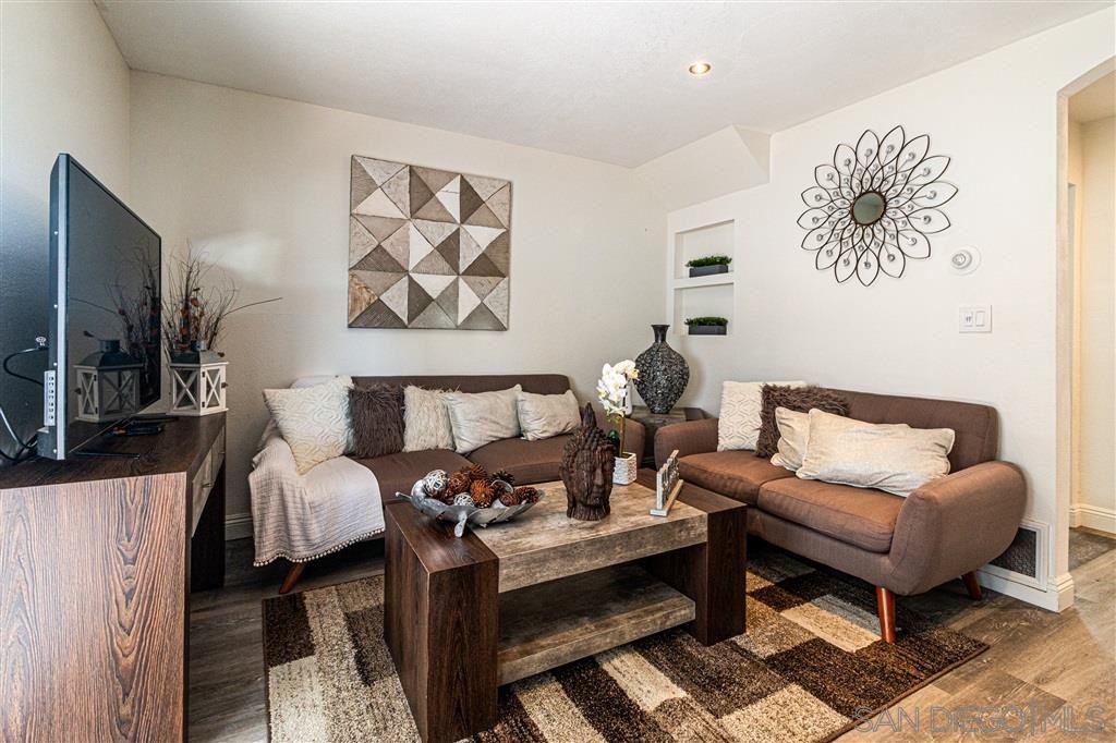 158 Glover Ave. #C, Chula Vista, CA 91910 - MLS#: 200044892