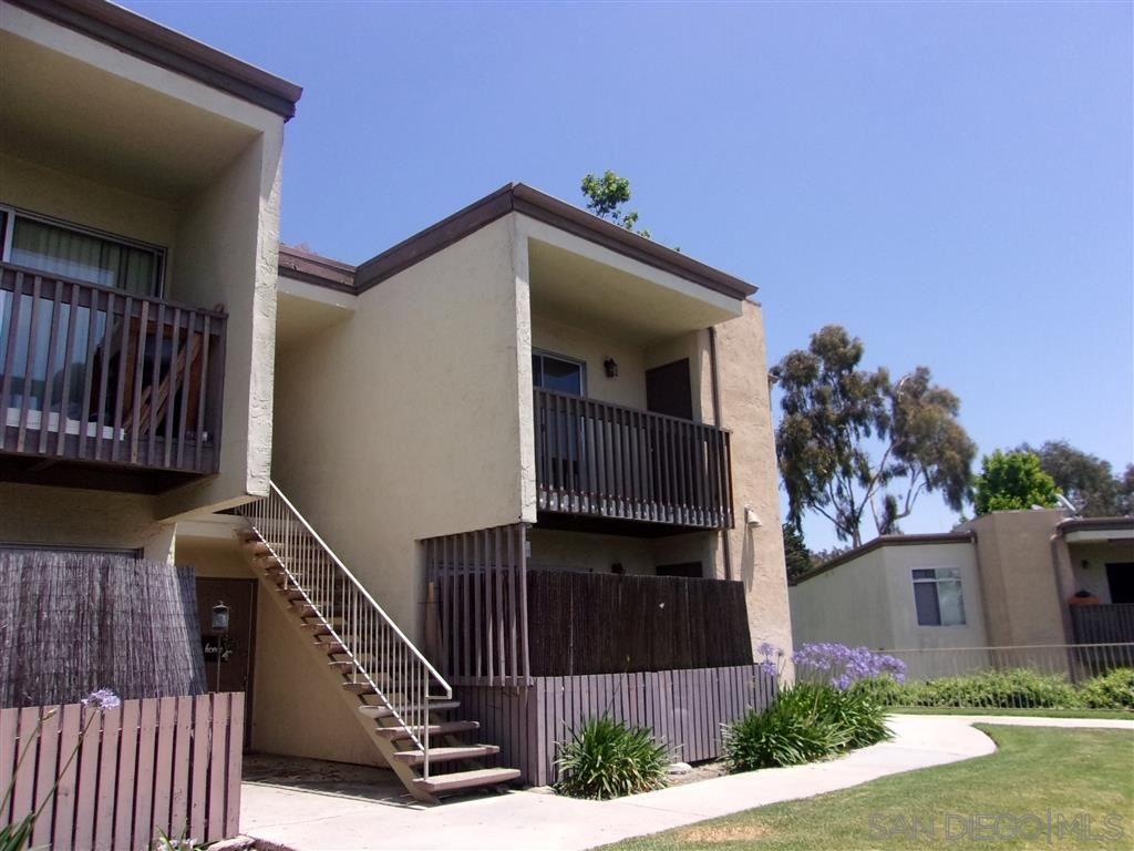 432 Edgehill Ln #18, Oceanside, CA 92054 - #: 200023895