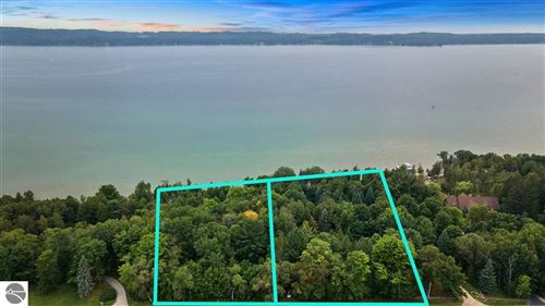 Photo of 12 S East Torch Lake Drive, Bellaire, MI 49615 (MLS # 1891380)