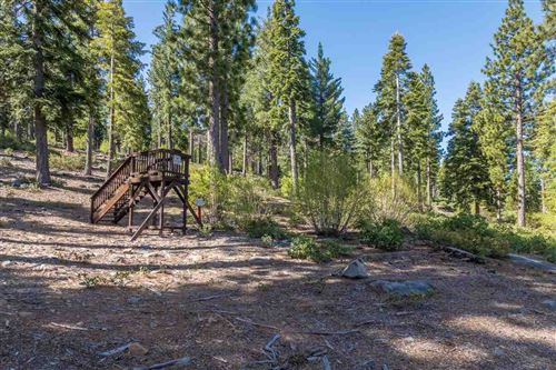 Photo of 9474 Clermont Court, Truckee, CA 96161 (MLS # 20200274)