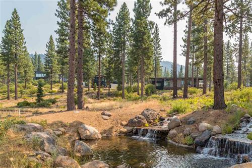 Photo of 2412 Newhall Court, Truckee, CA 96161 (MLS # 20210297)