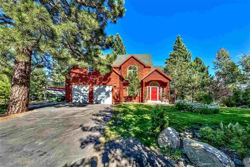 Photo of 15924 Saint Albans Place, Truckee, CA 96161-1555 (MLS # 20192343)