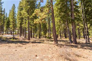 Photo of Lot 428 Hunter House Drive, Truckee, CA 96162 (MLS # 20190610)