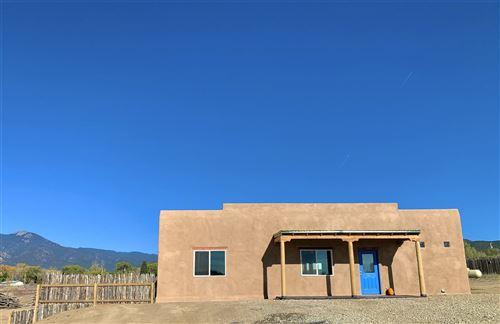 Photo of 426 Calle Cornelio, Taos, NM 87571 (MLS # 106003)