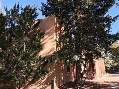 Photo of 405 Camino De La Placita  5 B, Taos, NM 87571 (MLS # 106045)