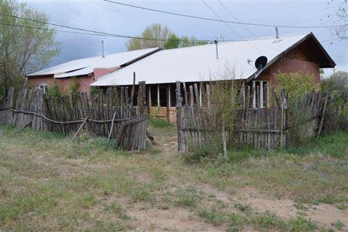Photo of 228 Los Cordovas Plaza, Ranchos de Taos, NM 87557 (MLS # 105060)