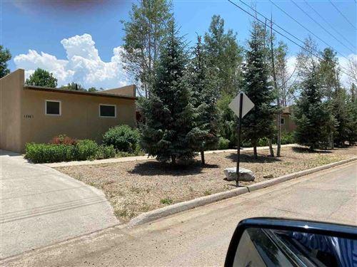 Photo of 327B Randall Lane, Taos, NM 87571 (MLS # 107119)