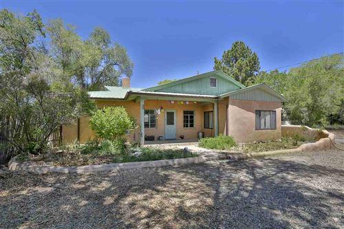 Photo of 308 Juanita, Taos, NM 87571 (MLS # 105126)