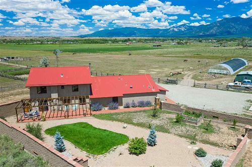 Photo of 916 Camino del Medio, Taos, NM 87571 (MLS # 105226)