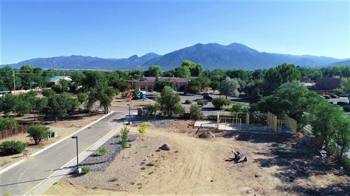 Photo of 318 Pond Court, Taos, NM 87571 (MLS # 105247)
