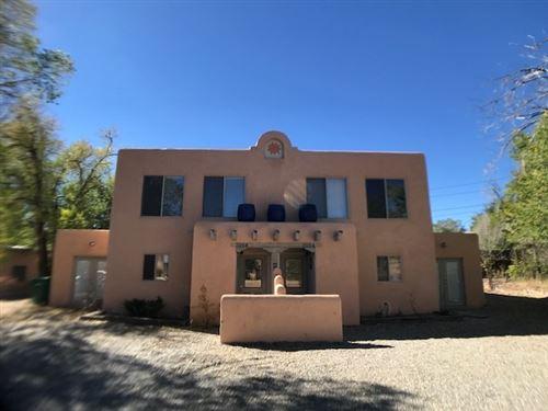Photo of 316 Don Fernando, Taos, NM 87571 (MLS # 106247)