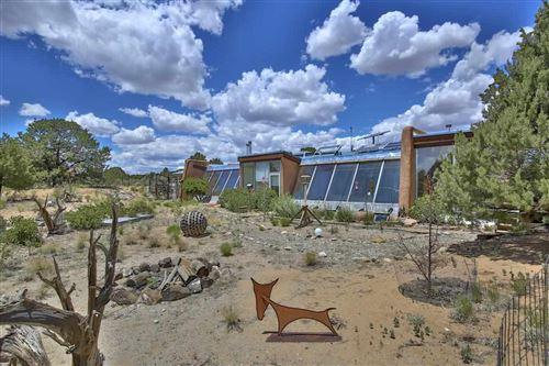 Photo of 7 Mesa Road, Carson, NM 87517 (MLS # 107278)