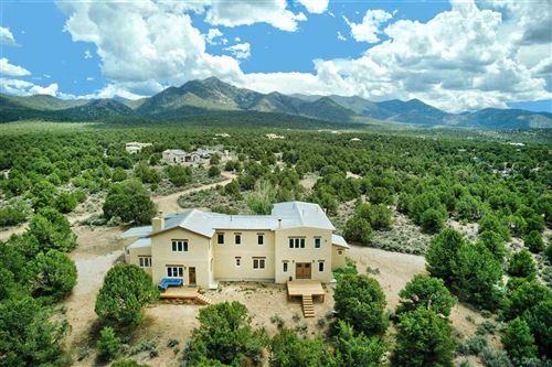 Photo of 36 Camino Perdido, Ranchos de Taos, NM 87557 (MLS # 107279)