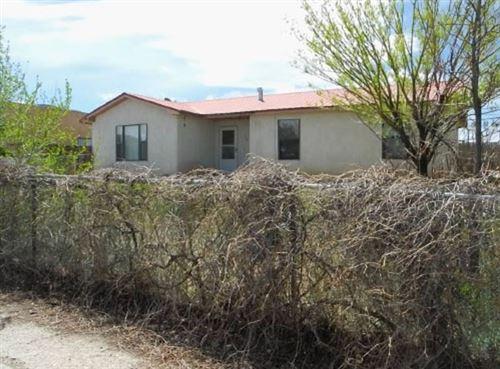 Photo of 310 La Luz, Taos, NM 87571 (MLS # 106319)