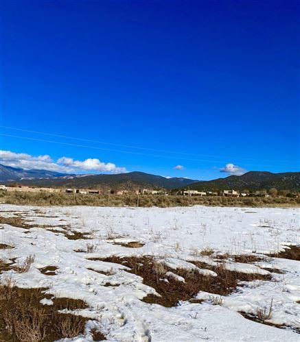Photo of 0 Este Es, Taos, NM 87571 (MLS # 106322)
