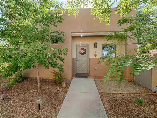 Photo of 1040 Calle Palomita Unit 5, Taos, NM 87571 (MLS # 105326)
