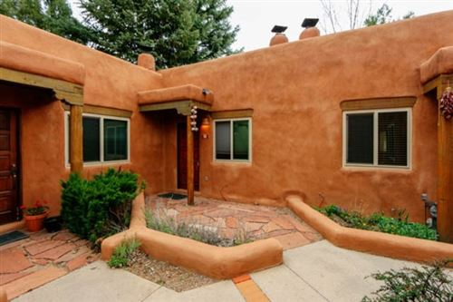 Photo of 226 Kit Carson Apple 7, Taos, NM 87571 (MLS # 103327)