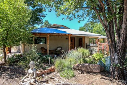 Photo of 425 Valverde Commons Drive, Taos, NM 87571 (MLS # 104358)