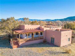 Photo of 110 Vista del Valle, Ranchos de Taos, NM 87557 (MLS # 104419)